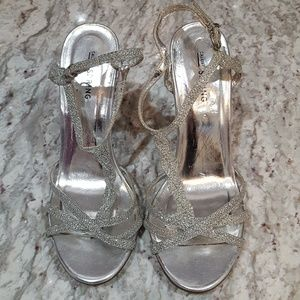 SEND AN OFFER silver strappy heels
